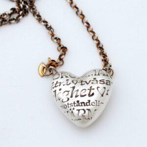 Hjärta med kärleksord